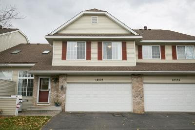 Maple Grove Condo/Townhouse For Sale: 12504 74th Avenue N