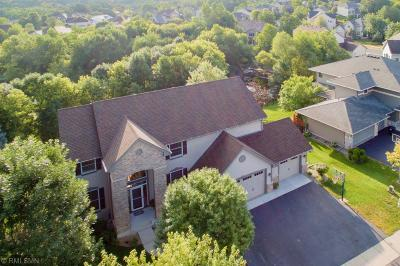 Maple Grove Single Family Home Contingent: 7400 Inland Lane N