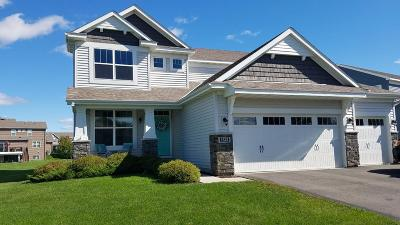 Waconia Single Family Home For Sale: 1325 Interlaken Parkway N