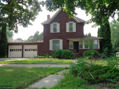 Faribault Single Family Home For Sale: 104 3rd Avenue SW
