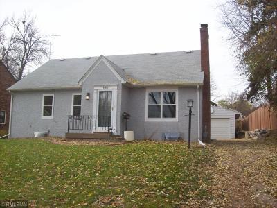 South Saint Paul Single Family Home For Sale: 645 17th Avenue N