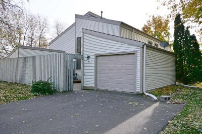 Oakdale Condo/Townhouse Contingent: 6533 40th Street N
