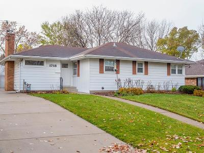 Saint Paul Single Family Home For Sale: 1718 Saunders Avenue