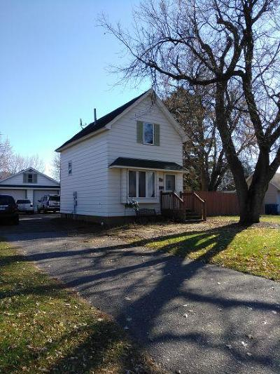 Sauk Rapids Single Family Home For Sale: 704 Summit Avenue S