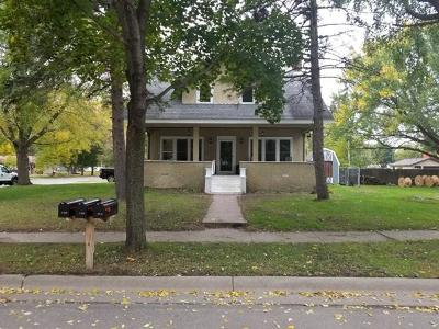 Isanti Single Family Home Contingent: 111 1st Avenue SW