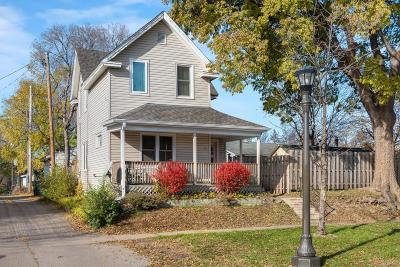 Saint Paul Single Family Home For Sale: 411 Greenwood Avenue