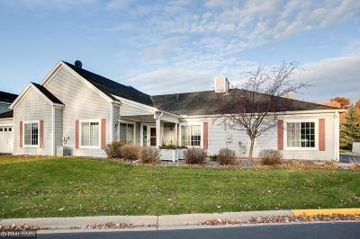 West Saint Paul Condo/Townhouse For Sale: 210 Emerson Avenue E
