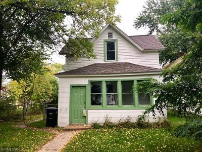 Single Family Home For Sale: 510 3rd Street NE