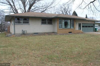 Roseville Single Family Home For Sale: 1511 Clarmar Avenue W