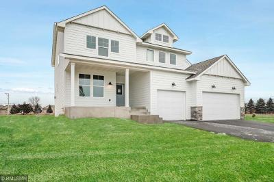 Hugo Single Family Home For Sale: 5611 130th Way N