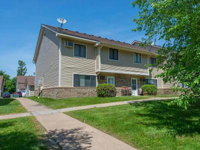 Waconia Condo/Townhouse For Sale: 18 E 13th Street