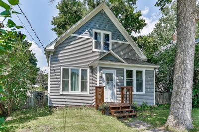 Chisago City Single Family Home For Sale: 10766 Lake Avenue