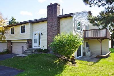 Apple Valley Condo/Townhouse For Sale: 13993 Herald Way