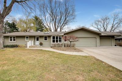 Minnetonka Single Family Home For Sale: 4125 Windridge Circle