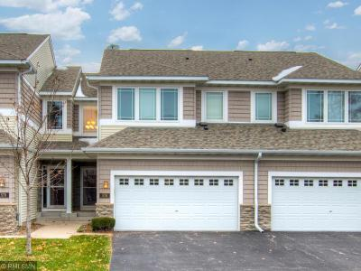 Woodbury Condo/Townhouse For Sale: 576 Sutherland Drive