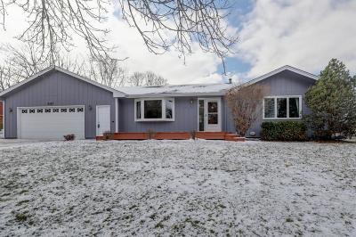 Maple Grove Single Family Home For Sale: 9187 Hemlock Lane N