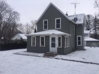 Rush City Single Family Home For Sale: 225 W 2nd Street