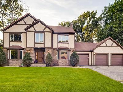 Apple Valley MN Single Family Home For Sale: $465,000
