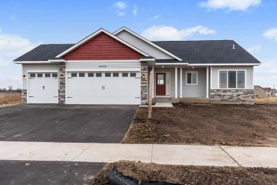 Sartell, Saint Cloud, Saint Joseph, Sauk Rapids, Rice, Clearwater, Monticello Single Family Home For Sale: 8544 Ebersole Avenue NE