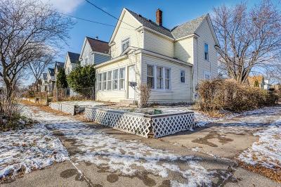 Minneapolis Single Family Home For Sale: 827 26th Avenue NE