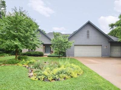 Cambridge Single Family Home For Sale: 2265 E Rum River Drive S