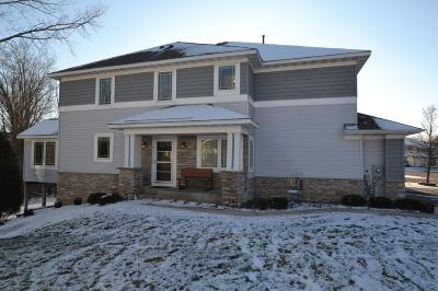Woodbury Condo/Townhouse For Sale: 525 Sutherland Drive
