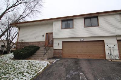 Woodbury Condo/Townhouse For Sale: 3575 Avon Drive
