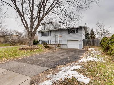 Oakdale Single Family Home Contingent: 6821 8th Street Lane N