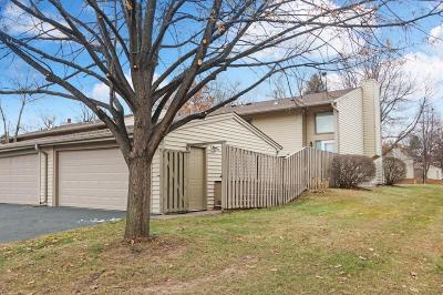 Woodbury Condo/Townhouse For Sale: 6341 Alderwood Plaza