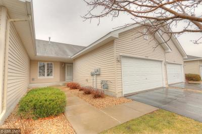 Prior Lake Condo/Townhouse Contingent: 5402 Deerfield Circle SE