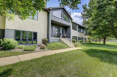 Saint Cloud Condo/Townhouse For Sale: 2594 Stearns Way