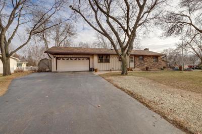 Maple Grove Single Family Home For Sale: 10158 Yorktown Lane N