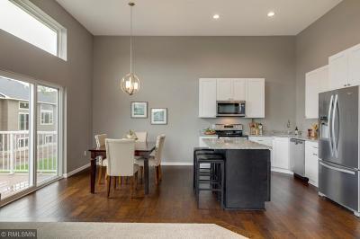 Rosemount Condo/Townhouse For Sale: 13675 Brockway Ave.