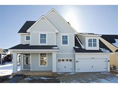 Lakeville Single Family Home For Sale: 16515 Drafthorse Boulevard