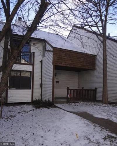 Condo/Townhouse For Sale: 820 Logan Avenue N