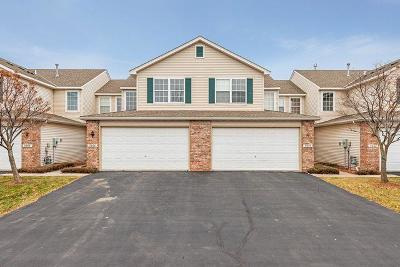 Maple Grove Condo/Townhouse For Sale: 9006 Comstock Lane N