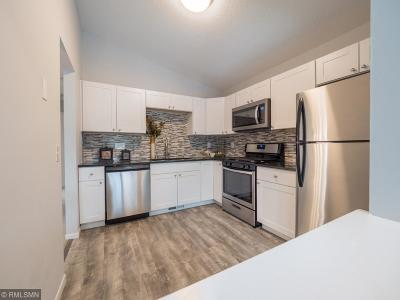 Eden Prairie Single Family Home Contingent: 6612 Kara Drive
