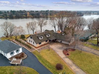 Anoka Single Family Home For Sale: 720 River Lane