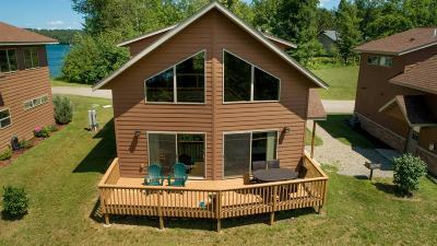 Walker Single Family Home For Sale: 5215 Ninebark Court NW #4