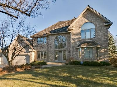 Eden Prairie Single Family Home For Sale: 10359 Canadians Landing