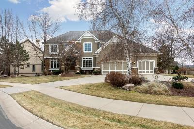 Eden Prairie, Chanhassen, Chaska, Carver Single Family Home Contingent: 10606 Sonoma Ridge
