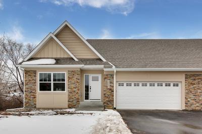 Lakeville Single Family Home For Sale: 18589 Joplin Avenue