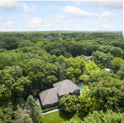 Minnetonka Single Family Home Contingent: 16209 Adeline Lane