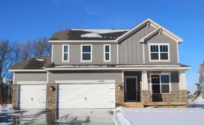 Maple Grove Single Family Home For Sale: 15434 108th Place N