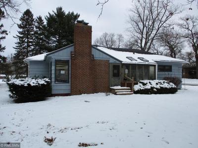 Menomonie Single Family Home For Sale: 108 Shorewood Drive