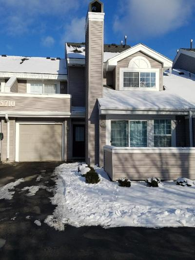 Plymouth Condo/Townhouse Contingent: 15710 24th Avenue N #C