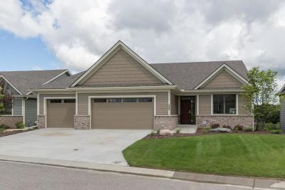 Rochester Single Family Home For Sale: 2171 Centurion Court NE