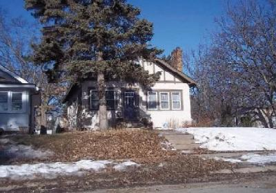 Minneapolis Single Family Home For Auction: 3259 Vincent Avenue N