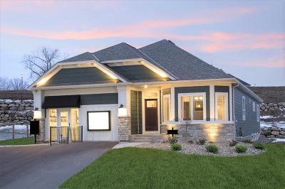 Newport Single Family Home For Sale: 980 Oakwood Road