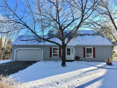 Apple Valley MN Single Family Home For Sale: $334,900